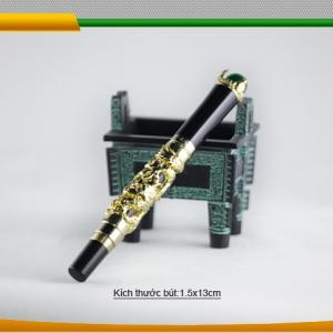 Bút rồng vàng