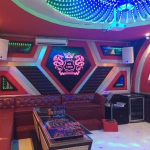 Thi công thạch cao, sàn, cách âm phòng hát karaoke